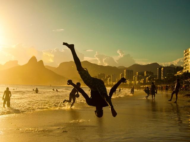 capoeira-ipanema-brazil_58696_990x742